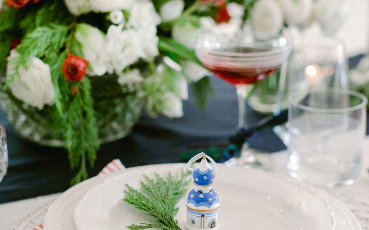 8 effortless holiday entertaining ideas and a festive punch hack